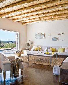 Modern French Beachy Formentera House Photo: Jordi Canosa via French by Design. Built in seating - perfect for beach house. Use water proof fabric Home Living, Living Room Decor, Living Spaces, Living Area, Sweet Home, Turbulence Deco, Interior Architecture, Interior Design, Mediterranean Decor