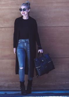 What not to wear over Find the top five most popular coats of 2018 on Busbee Style. If You Want Free Style Ideas for busy women juggling life over 40 the Top 10 most popular style Jeans products of Sign Me Up. Black Cardigan Outfit, Cardigan Outfits, Jean Outfits, Fall Outfits, Casual Outfits, Maxi Cardigan, Busbee Style, Fall Lookbook, Henri Bendel