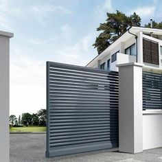 This design is not so great, it's average, but I want to impress that I need strong security and a wall around the entire property. Home Gate Design, House Fence Design, Steel Gate Design, Front Gate Design, Main Gate Design, Automatic Sliding Gate, Gate Designs Modern, Modern Fence Design, Simple Gate Designs