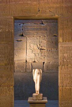 Egyptian Art - The Temple of Dendur by Davide Manicardi, via Flickr