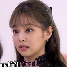 Kim Jennie, Yg Entertainment, South Korean Girls, Korean Girl Groups, Rapper, Hotarubi No Mori, Blackpink Memes, Black Pink Kpop, Blackpink Photos