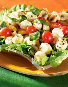 Marinoitu mozzarellasalaatti | K-ruoka