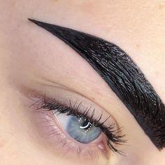 Brow Studio, Makeup Studio, Eyebrow Quotes, Eyebrows, Make Up, Beautiful, Beauty, Eyebrow Tips, Instagram Ideas