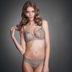 1d983e3954166 Chloe is a lightweight style with all of the luxurious touches you ve come  to