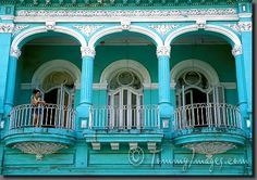 Cuban Baroque incorporates Spanish Moorish elements