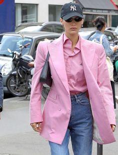 Bella Hadid Outfits, Bella Hadid Style, Minimal Fashion, Pop Fashion, Fashion Outfits, Model Street Style, Models Off Duty, Fashion Seasons, Hipsters