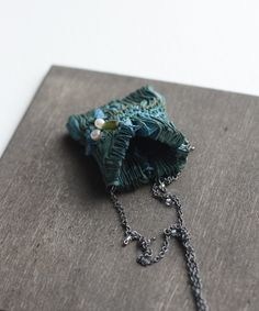 necklace, fabric ~  tinctory