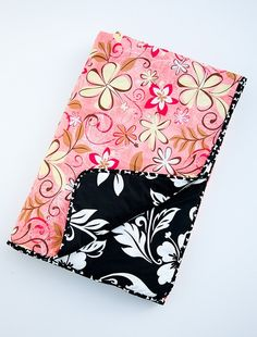 Large car seat Barking Dog Blanket ' Waikiki Coral'. $62.00, via Etsy.    LML has one & it's great. Need to get a second one.