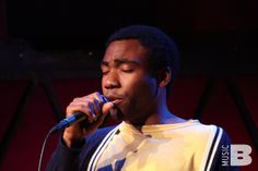 #TBT to that time Childish Gambino rapped/wrapped a Baeble concert session at Rockwood Music Hall in 2011. Check out our Throwback Thursday for the full cut session: baeble.me/1nqD3Vt
