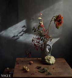 Photographer - PhotoVogue - Vogue Still Life Photography, Artistic Photography, Nature Photography, Still Life Pictures, Still Life Flowers, Life Inspiration, Planting Flowers, Fantasy Art, Beautiful Pictures