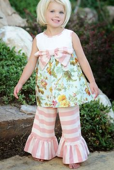 mylittlejules.com Easter outfit giveaway.  Would love this for Ella!