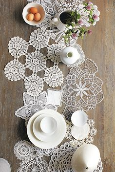 DIY Doily Runner Tutorial - These versatile heirlooms and flea market faves can be surprisingly modern (trust us!)