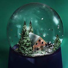 http://www.3drivers.com/upload/iblock/21a/snow_globe_590.jpg için Google Görsel Sonuçları