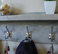 Nautical Coat Rack with Floating Shelf por KeoDecor en Etsy