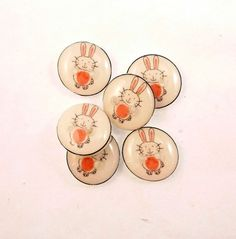 6  SMALL Rabbit or Bunny Novelty Sewing Buttons. by buttonsbyrobin