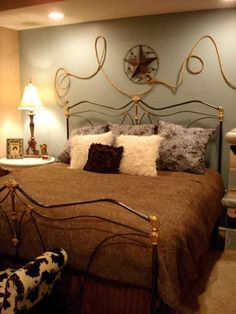 girls rustic western themed bedroom | cowboy theme bedrooms ...