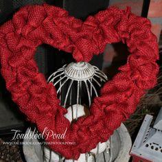 Red heart burlap wreath at Toadstool Pond www.facebook.com/toadstoolpond