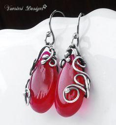Delight-Fine SilverFuchsia Red Quartz earrings por vanini en Etsy