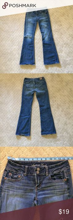 American Eagle Artist Stretch Flare Jeans. Size 4R Great pair of distressed jeans. Please see pictures for measurements. All measurements are approximate. American Eagle Outfitters Jeans Flare & Wide Leg