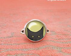 Peeking Black Cat Ring, Cat Adjustable Ring, Glass Dome Ring, Statement Ring, Yellow Eyed Cat