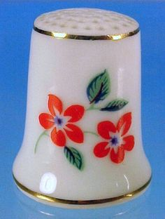 Vintage HOLLOHAZA Porcelain Bone China Collectible Thimble RED FLOWERS Made in Hungary
