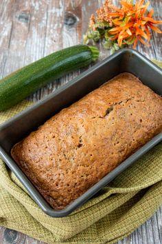 Real Simple Zucchini Bread - Little Sweet Baker Easy Zuchinni Bread, Best Zucchini Bread, Zucchini Bread Recipes, Banana Bread Recipes, Simple Zucchini Recipes, Real Simple Recipes, Recipe Zucchini, Quiches, Steak Dinner Sides
