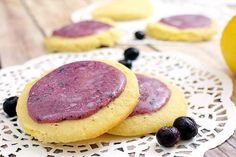 Blueberry Lemon Shortbread Cookies - Low carb, Gluten free | Tasteaholics.com