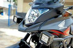 Ini Deretan Sanksi yang Siap Hukum Para Pemakai Lampu Strobo di Motor  Mega Portal Berita dan Komunitas Otomotif/6 jam yang lalu    JAKARTA- UU Para bikers yang mengaplikasi lampu rotator atau strobo di motor sebaiknya pikir-pikir ulang.Sebab, selain mengganggu pengendara lain, ada sejumlah sanksi yang siap menghukum.  Mengacu pada Pasal 287 Ayat 4 UU No. 22 Tahun 2009 Tentang Lalu Lintas dan Angkutan Jalan, ada sanksi denda dan hukuman penjara bagi pengguna lampu strobo yang tidak…
