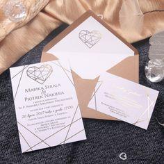 Zaproszenia ślubne złocone Glamour (Kod: KP061) Zaproszenia papierowe Zaproszenia ślubne -Venarti - Sklep ślubny Gold Wedding Theme, Wedding Tips, Our Wedding, Minimalist Wedding Invitations, Wedding Invitation Design, Invitation Paper, Glamorous Wedding, Dream Wedding Dresses, Stationery