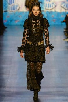Kendall Jenner for the Anna Sui Fall 2017 Ready-to-Wear collection.