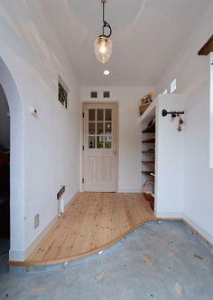 玄関イメージ Minimalist House Design, Minimalist Home, Style At Home, Asian House, House Entrance, Japanese House, Home Studio, Other Rooms, House Rooms