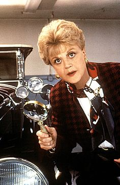 Loved this series as a kid. Explains why I love shows like NCIs and criminal minds. My tutu liked to watch Murder She wrote w Angela Lansbury Best 80s Tv Shows, Old Tv Shows, Favorite Tv Shows, Movies And Tv Shows, Angela Lansbury, Little Dorrit, Tv Detectives, Cinema Tv, Actresses