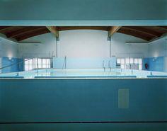 Spa Lynne Cohen © 2000 - Cortesía Olga Korper Gallery, Toronto