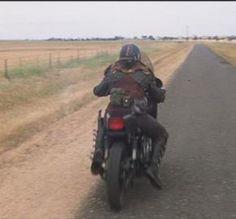 toecutter - Google 検索 Biker, Mel Gibson, Post Apocalypse, Mad Max, Tvs, Madness, Motorcycles, Geek Stuff, Actors