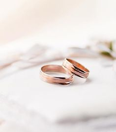 Romantic rose gold engagement rings - Although many people find themselves choosing between white gold and yellow gold, rose gold engagement rings are the perfect choice for women who desire to wear something that oozes romance and femininity. The precious metal has become particularly desirable over the last year, used in both fine...