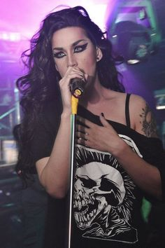 Adore Delano - Love the Exploited t-shirt!!!