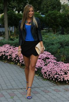 Black Skort Outfit Idea with Ankle Strap Shoes