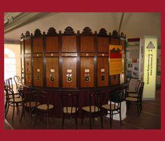Eine Kopie vom Original angefertigt. Der hölzerne Guckkasten von August Fuhrmann Liquor Cabinet, Storage, Furniture, Home Decor, Restoration, Purse Storage, Decoration Home, Room Decor, Larger