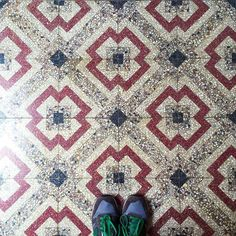 Take a look at these old #tiles from Chijmes XIX Century Chapel in #Singapore! #TileAddiction