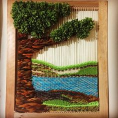 Resultado de imagen para telar decorativo Navajo Weaving, Weaving Art, Tapestry Weaving, Loom Weaving, Hand Weaving, Macrame Owl, Weaving Wall Hanging, Pink Trees, Weaving Projects