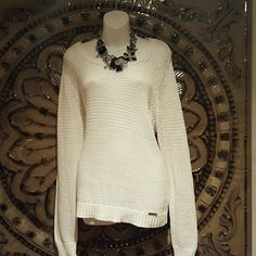 Beautiful  Michael  Kors  sweater Insanely  beautiful white sweater. ..Fall is upon us so get ready  with this gorgeous  sweater Michael Kors Sweaters