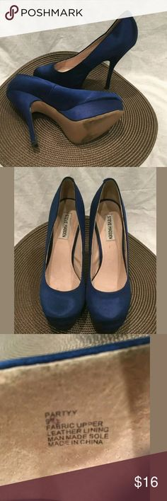 Steve Madden Blue Heels Silk Stilettos Steve Madden Size 9 Womans Blue Heels Silk Stiletto Hells    Size 9   This shoes are pre-owned, but in great condition. Nostains or tears.   Thank you for Shopping!   Be sure to add me to your favorites list!   Check out my other items! Steve Madden Shoes Heels