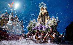 Imponente imagen de la Virgen del Carmen en Puerto la Cruz