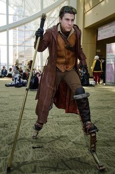 Sakura-Con 2012 by MCAllinder., via Flickr  -I am really trying to figure out how those stilt things work.