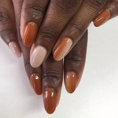 Fall Nail Designs: Ombre Nails. A hazelnut and nude ombré look. Click through for 15 fall manicure ideas. #fallnails #fallnailsideas #manicureideas #autumnnails Fall Nail Art Designs, Creative Nail Designs, Creative Nails, Fall Manicure, Manicure Ideas, Nail Ideas, Space Nails, Pearl Nails, Organic Nails