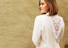 Planb anna·evers DIY Blog Lace and pom pom blazer back