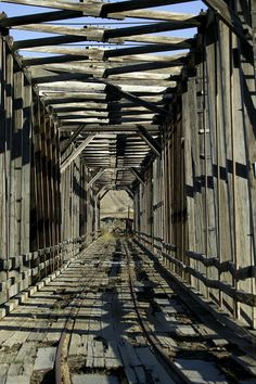 ✮ Abandoned Railroad Bridge