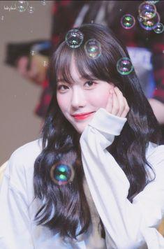 Cute Korean, Korean Girl, Kpop Girl Groups, Kpop Girls, Pop Kpop, Wjsn Luda, Pin Pics, Cosmic Girls, Starship Entertainment