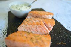 Salmón a la plancha con salsa tártara