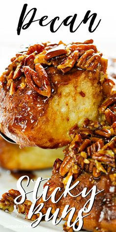 Pecan Sticky Buns made from-scratch to perfection! Perfectly cooked rolls in the most heavenly brown sugar butter sauce. No to mention loads of pecans! Pecan Cinnamon Rolls, Cinnamon Bun Recipe, Pecan Rolls, Cinnamon Recipes, Best Sticky Bun Recipe, Pecan Sticky Buns, Brunch Recipes, Cooking Recipes, Butter Sauce